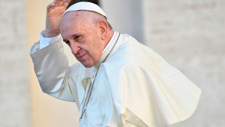 Papież do kapłanów: dziekuję za wasz przykład i wierność