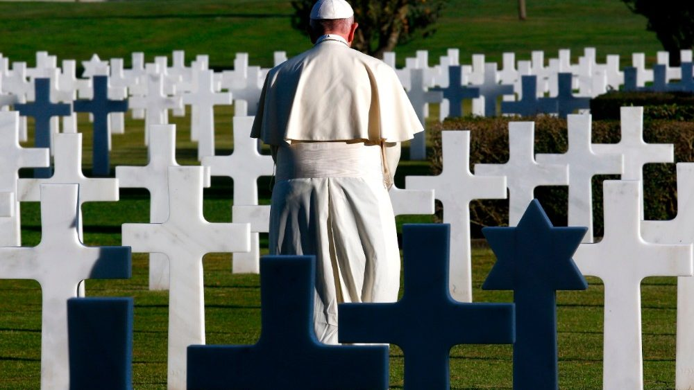 italy-pope-us-vatican-cemetery-1509635059300