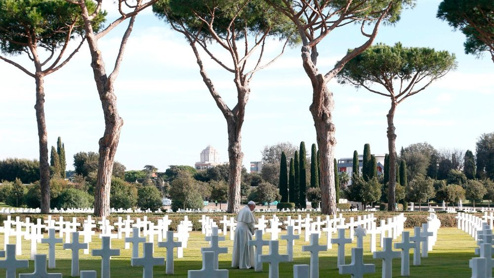 italy-pope-us-vatican-cemetery-1509635641823