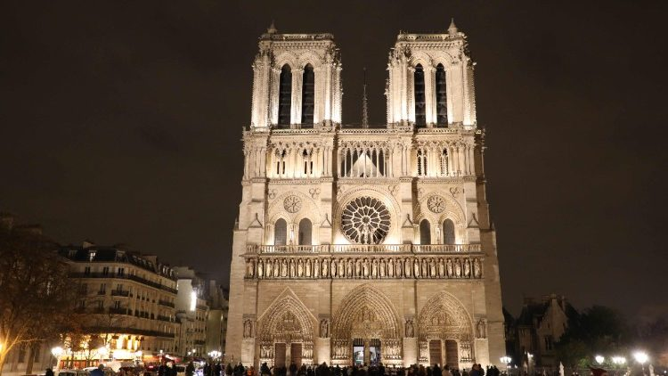 FRANCE-NOTRE-DAME-CATHEDRAL-TOURISM