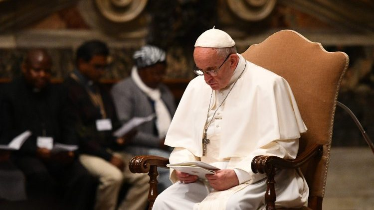 VATICAN-POPE-SUDAN-DRC-PRAYER