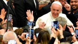 vatican-pope-audience-1512550267271.jpg