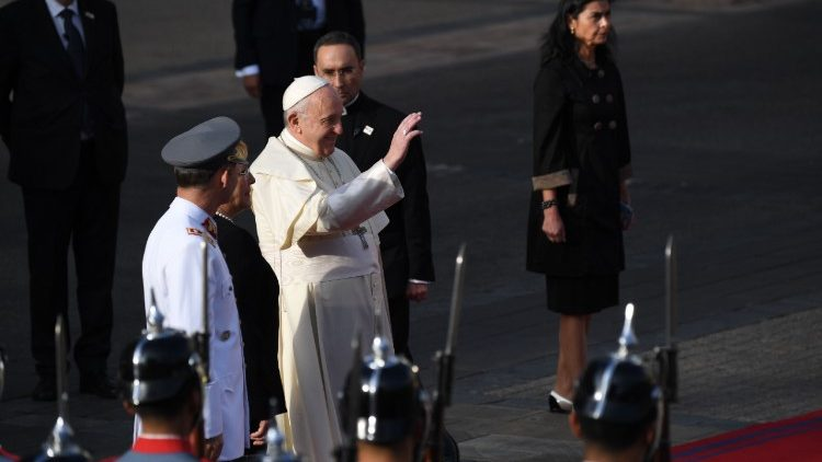 Pope with authorities