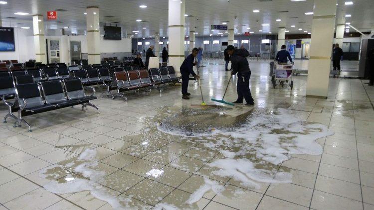 Uno degli attentati degli integralisti islamici in Libia