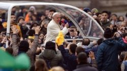 Pope tells Christians to be open to God's saving message