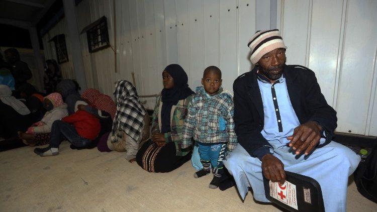 Centro di detenzione di migranti in Libia
