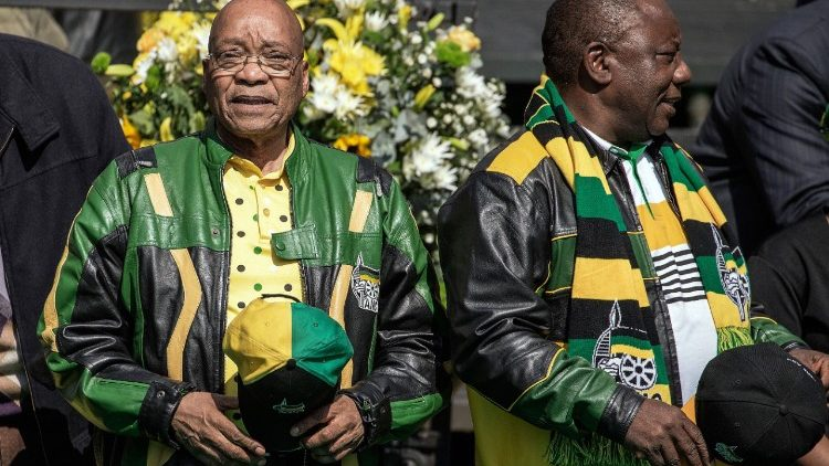 South African President Jacob Zuma and his deputy Cyril Ramaphosa