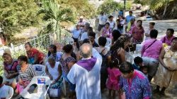 Priest celebrates Mass near Acapulco