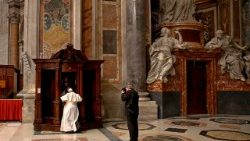 VATICAN-POPE-MASS-PENANCE
