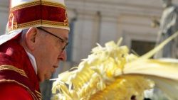vatican-pope-mass-palm-sunday-1521968888118.jpg