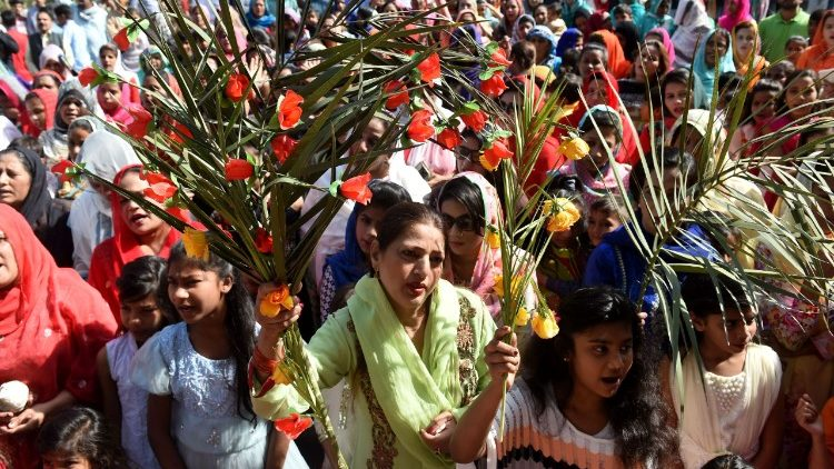 Catholics of St. Anthony's Chruch in Lahore, Pakistan, began Holy Week with Palm Sunday on March 25.