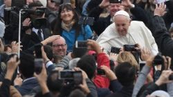 vatican-pope-audience-1522226587677.jpg