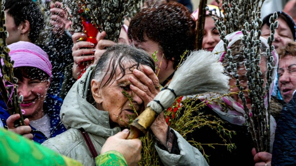 topshot-crimea-religion-palm-sunday-1522578190893.jpg