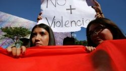 mexico-crime-violence-students-protest-1524786791582.jpg