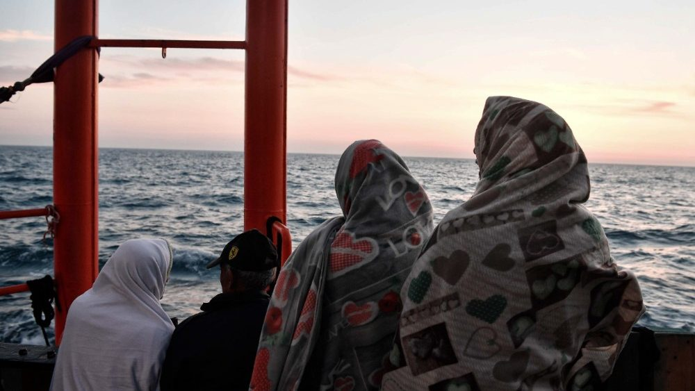files-italy-malta-europe-migrants-ngo-aquariu-1528701446346.jpg