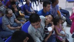 US-IMMIGRANT-SHELTERS-ON-BOTH-SIDES-OF-U.S.-MEXICO-BORDER-AID-MI