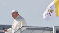 switzerland-vatican-pope-trip-1529569449602.jpg