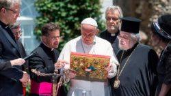 Il metropolita Gennadios: come cristiani abbiamo il dovere di vivere da fratelli