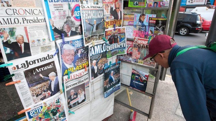 MEXICO-ELECTION-NEWSPAPERS