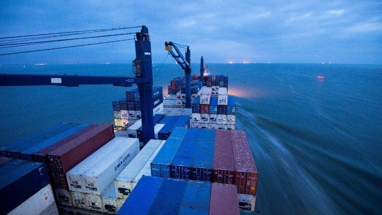 FILES-FRANCE-SHIPPING-IRAN