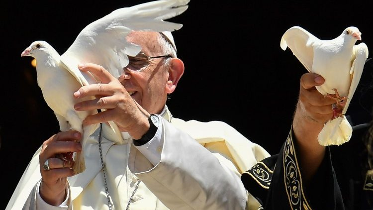 VATICAN-POPE-MASS