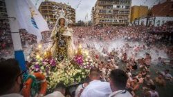 topshot-spain-religion-virgin-carmen-fisherme-1531305436450.jpg