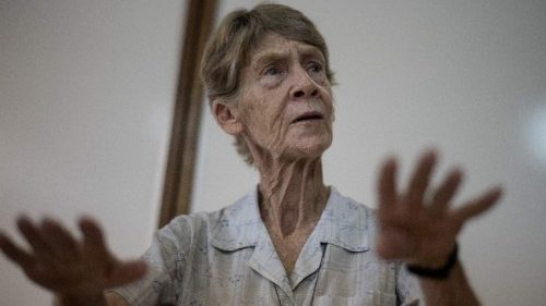 Australian nun Sister Patricia Fox  NDS has been given deportation order by the Philippine Immigration Bureau.