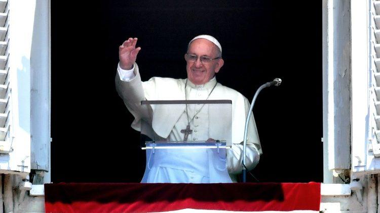 Le Pape lors de l'angélus le 22 juillet