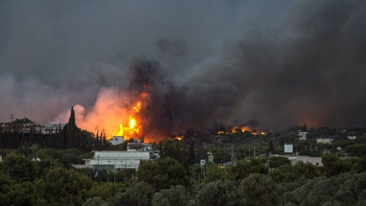 greece-fire-1532390268727.jpg