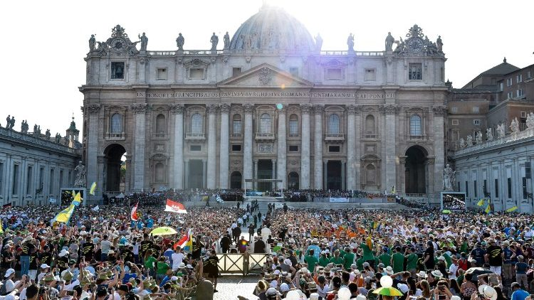 vatican-pope-audience-1533057265754.jpg