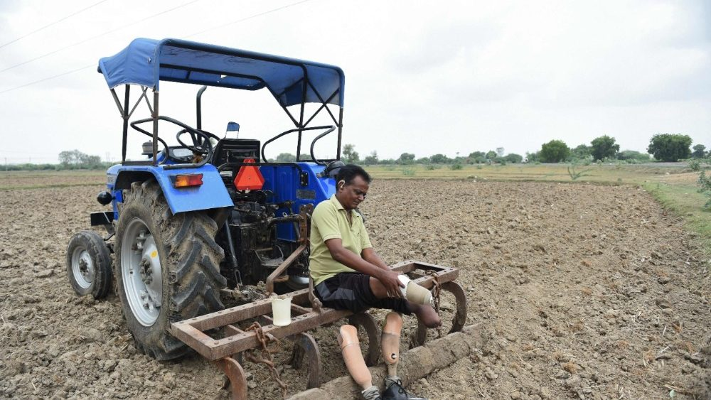 india-agriculture-physically-challenged-1533304142504.jpg