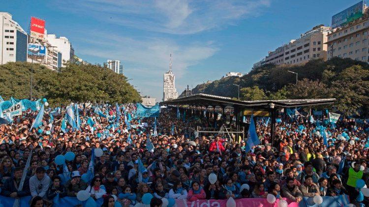 Biểu tình chống phá thai tại Argentina