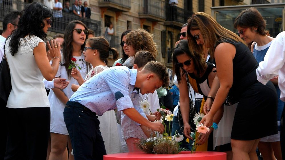 spain-attacks-barcelona-anniversary-1534494088532.jpg