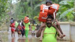 TOPSHOT-INDIA-DISASTER-FLOODS-KERALA