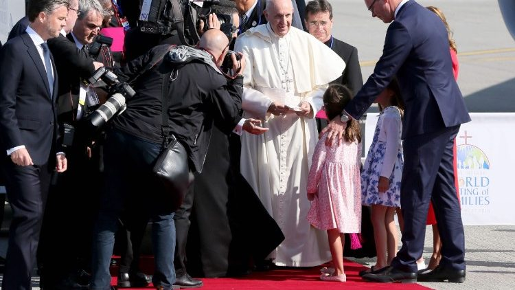 IRELAND-VATICAN-RELIGION-POPE