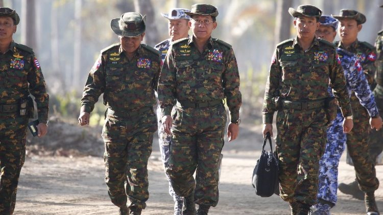 Myanmar Commander-in-Chief, Senior General Min Aung Hlaing and other senior military officials