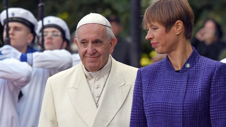 estonia-religion-pope-1537862813086.jpg