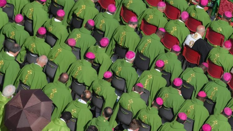 VATICAN-POPE-RELIGION-SYNOD