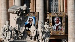 topshot-vatican-salvador-paul-vi-saints-1539530475559.jpg