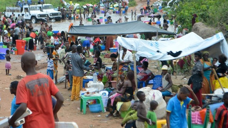 Congolese migrants expelled from Angola near Kamako
