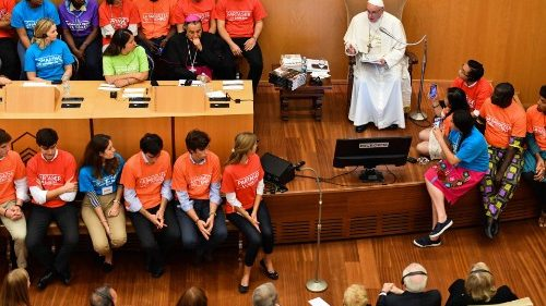 Il Papa nell'incontro all'Augustinianum