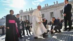 vatican-pope-audience-1540369276912.jpg