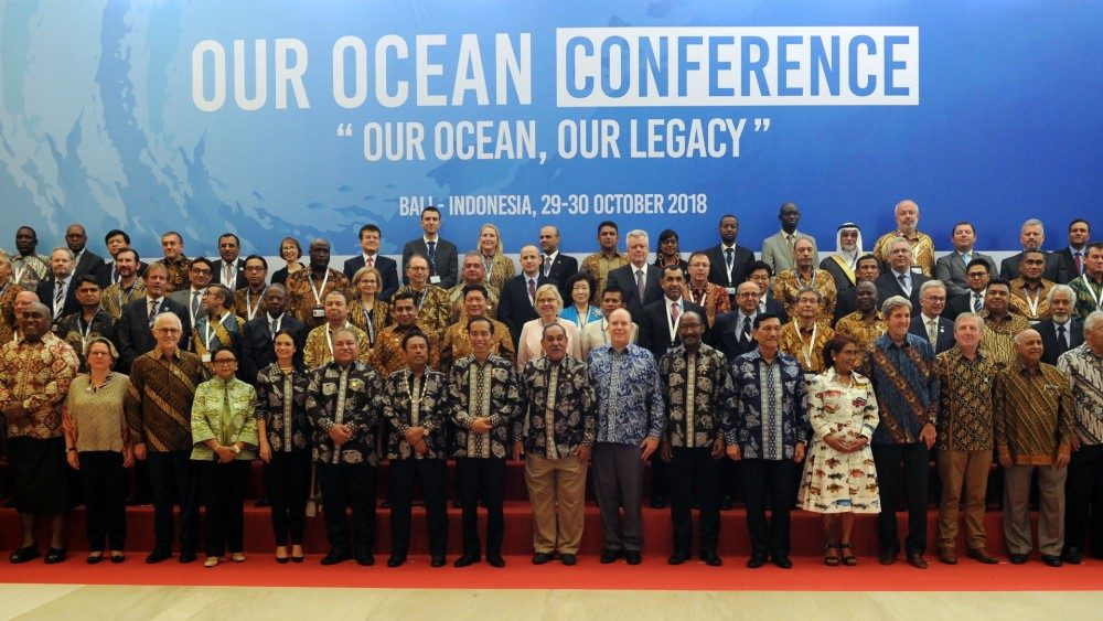 indonesia-ocean-conference-1540803395582.jpg