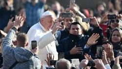 vatican-religion-pope-audience-1542187103665.jpg