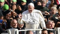 vatican-religion-pope-audience-1542188005350.jpg