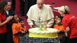 vatican-pope-audience-children-santa-marta-1544956730211.jpg