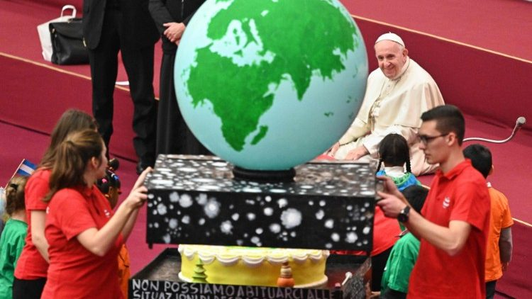 vatican-pope-audience-children-santa-marta-1544958246351.jpg