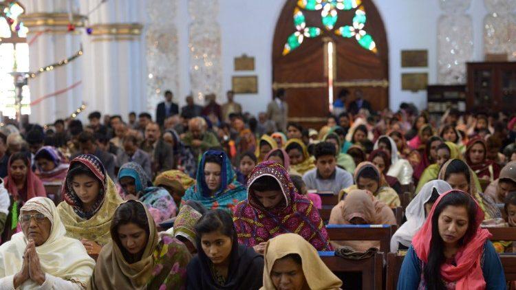 Pakistańskie chrześcijanki porywane i zmuszane do konwersji na islam