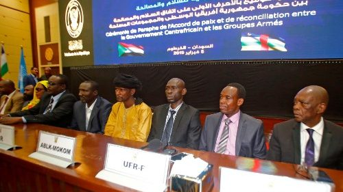 Initialling of a peace deal in Khartoum brought to the discussion table CAR's rebel leaders and representatives