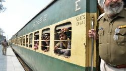 Indian passengers returning from Pakistan on the Samjhauta Express, also called the Friendship Express